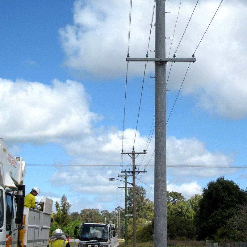 3 Balranald new pole rewired