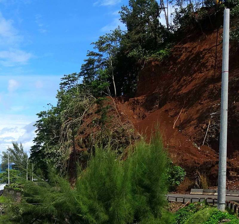 EDT-1-Pole-landslide-area